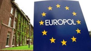 Europol-მა მისი არსებობის ისტორიაში უდიდესი საქმე გახსნა და 1000 დამნაშავე დააკავა