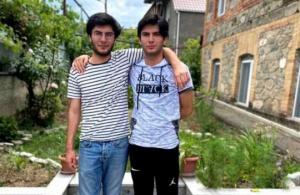 კახეთში გაშვილებულმა ტყუპებმა ერთმანეთი ეროვნულ გამოცდაზე იპოვეს - გულისამაჩუყებელი ისტორია
