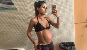 გოგონას  ვარჯიში ორსულობის მე - 9 თვემდე  არ შეუწყვიტავს და აი, შედეგიც