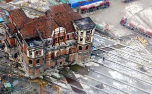 როგორ გადაჰქონდათ  სახლები ერთი ადგილიდან მეორეზე, ისე რომ მათი რეკონსტრუქცია საჭირო არ ხდებოდა