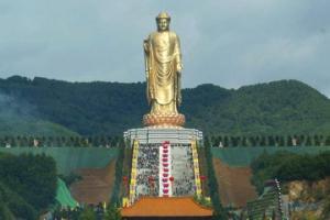 საგაზაფხულო ტაძრის  ბუდა - ყველაზე მაღალი ქანდაკება პლანეტაზე
