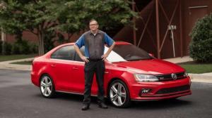 Volkswagen-ზე უზომოდ შეყვარებული მამაკაცი,რომელსაც ამ მარკის 42 ავტომობილი ჰყავდა