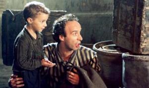 ვინ არის ფილმის - «ცხოვრება მშვენიერია» პატარა  გმირის პროტოტიპი და სინამდვილეში  როგორ ემალებოდა  3 წლის ბავშვი  ფაშისტებს