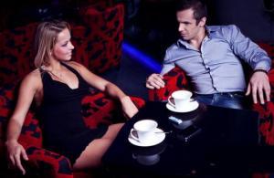 როგორ მოვხიბლოთ მამაკაცი-ცნობილი ქალების რჩევები