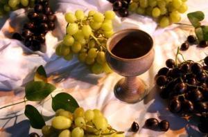 ვინ იყო მეღვინეთუხუცესი და რა როლს ასრულებდა ის ქართულ სამეფო კარზე?