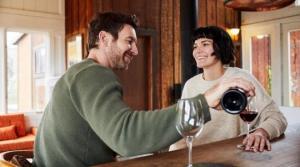 რატომ აქვს ღვინის და შამპანურის ბოთლებს შეზნექილი ძირი?