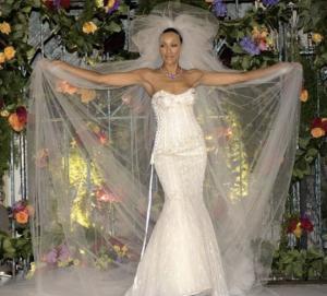 ყველაზე ძვირადღირებული საქორწილო კაბები,მათი  ღირებულება მილიონებს აღემატება