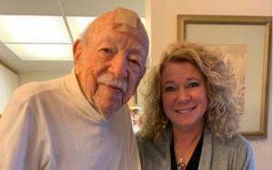 წარმოუდგენელი ისტორია: როგორ გახდა 104 წლის ექიმი  9 ათასი ბავშვის მამა
