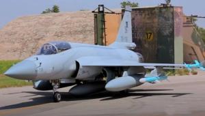 """აზერბაიჯანი თებერვლის თვეში პაკისტანიდან მიიღებს გამანადგურებელ-ბომბდამშენ """"JF-17 Block 3"""""""