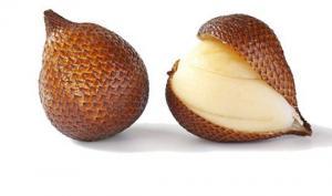 ხახვის ფორმის ეგზოტიკური ხილი, რომელიც არც მეტი, არც ნაკლები, გველს წააგავს
