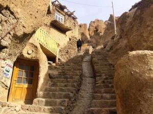 მსოფლიოში ყველაზე ძველ სახლად აღიარებული სახლი ირანში, სადაც დღესაც ცხოვრობენ