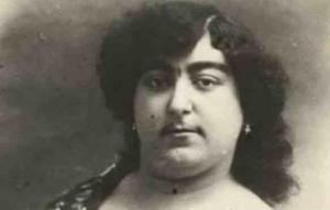 ვინ იყო ქალი, რომლის სილამაზის გამოც 13-მა მამაკაცმა თავი მოიკლა