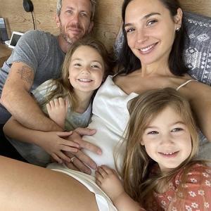 მსახიობი გალ გადოტი უკვე მესამე შვილს ელოდება
