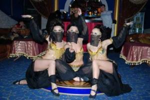 როგორ გამოიყურებოდნენ მხევალი ქალები ოსმალეთის იმპერიის ჰარამხანაში