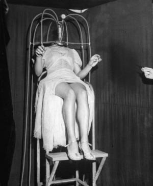 XIX საუკუნის შემზარავი ფოტოსურათები, რომლებიც სჯობს ძილის წინ არ ნახოთ