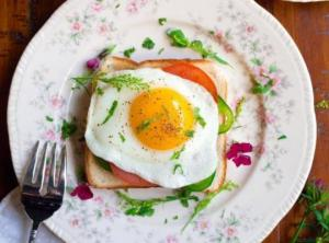 რა მოხდება, თუ ყოველდღე კვერცხს მიირთმევთ