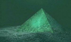 მეცნიერებმა ბერმუდის სამკუთხედში აღმოჩენილ  პირამიდებს ვერაფერი გაუგეს