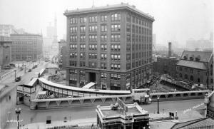 როგორ გადაიტანეს და შეაბრუნეს აშშ-ში შვიდსართულიანი შენობა