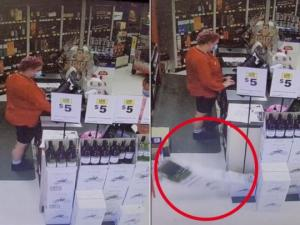 მაღაზიის გამყიდველმა ამის შემდეგ დაიჯერა,რომ მოჩვენება არსებობენ(ვიდეო)