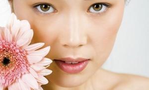 რატომ არ აქვთ იაპონელებს ოფლის სუნი (მეცნიერების დასკვნა) და იაპონური (თითქმის სურნელის გარეშე) კოსმეტიკა