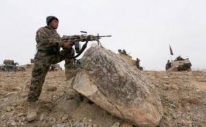 ბოლო 24 საათის განმავლობაში თალიბებთან ბრძოლაში დამარცხებული და ბრძოლის ველიდან გაქცეული ავღანეთის არმიის 1000-ზე მეტმა მებრძოლმა ტაჯიკეთს შეაფარა თავი