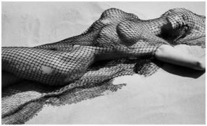 ლეგენდარული ფოტოგრაფის, ჰერბ რიტცის ნამუშევრები, რომლებიც სავსეა შიშველი ესთეტიკით და სილამაზით