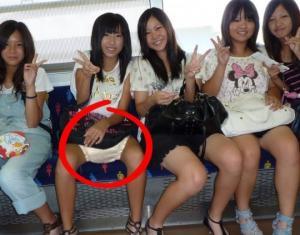 რატომ ატარებენ მუდმივად ახალგაზრდა და ჯანმრთელი იაპონელი ქალები საფენებს? პასუხი მართლაც გაგაოგნებთ!