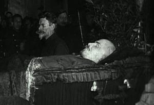 ყველაზე უცნაური რამ რაც მოხდა ლენინის სხეულზე მისი გარდაცვალების შემდეგ