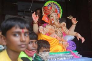 ინდოეთში 6 წლის გოგონა,რომელიც ხორთუმით დაიბადა, ღმერთად აღიარეს