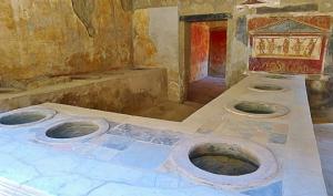 10 უცნაური და საინტერესო ფაქტი ძველი რომის შესახებ