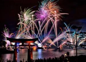 ახალი წელი მხოლოდ იანვარში არ დგება - ახალი წელი მსოფლიოში