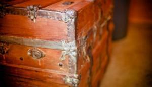 საშინელი ისტორია გოგონამ 12 წელი გაატარა ხის ყუთში