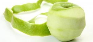 """რატომ არის ვაშლის """"კანიანად"""" ჭამა აუცილებელი და რა დაავადებებს კურნავს ის"""