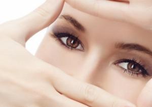 თვალის ირგვლივ კანის მოვლა. თვალებიდან დაღლილობის და მუქი რგოლების მოხსნის საშუალებები.