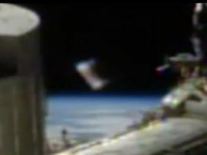 საერთაშორისო კოსმოსურ სადგურს ამოუცნობი მფრინავი ობიექტი მიუახლოვდა(ვიდეო)