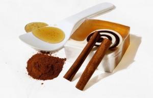 თაფლი და დარიჩინი წონაში კლებისა და იმუნიტეტის გაძლიერების საუკეთესო საშუალებაა!!! (+რეცეპტი)