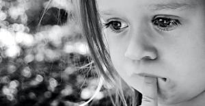 როგორ ვზრდით შვილს - რა შეკითხვები არ უნდა დავუსვათ ბავშვს