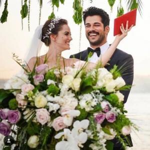 """თურქების მიერ """" საუკუნის მოვლენად"""" წოდებული ბურაქ ოზჩივიტი დაქორწინდა ( + ბევრი ფოტო )"""