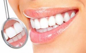 გაითეთრეთ კბილები 3 წუთში, მარტივად მოსამზადებელი ეფექტური საშუალება