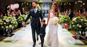 წითელი საქორწილო კოცნა და ცრემლები. როგორ დაქორწინდნენ მესი და რუკოციო