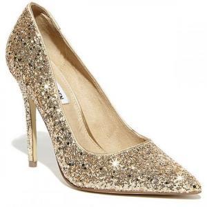 29 თვალისმომჭრელი ქუსლიანი ფეხსაცმელი რომელზე ყველა ქალი იოცნებებს
