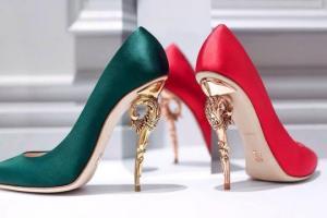 როგორი ქუსლიანი ფეხსაცმელი შეგეფერება ზოდიაქოს ნიშნის მიხედვით?