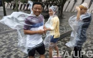 ეს სიგიჟეა: ტაიფუნის შედეგები ჰონგკონგში