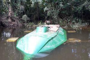 კოლუმბიაში სამხედროებმა აღმოაჩინეს და ამოიღეს წყალქვეშა ნავი , რომელცაც 400 კგ ნარკოტიკის გადატანა შეეძლო