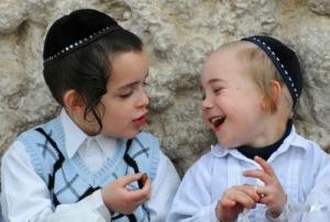 რატომ  გადადის ეროვნება  ებრაელებში  დედის  მხრიდან?