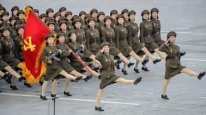 ამერიკელებო, ჩრ. კორეის ამბავშიც... თქვენს მართლა დაკონსერვებულ, დარობოტებულ და გონებაგაუხსნელ მოქალაქეებს მიხედოთ სჯობია!