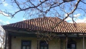 ალელი მაჭარაშვილების ისტორიული სახლი,  რომელიც უპატრონობით ინგრევა