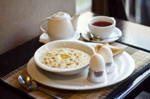 9 პროდუქტი, რომელიც საუზმეზე უნდა მიირთვათ მაღალი წნევისა და ქოლესტერინის თავიდან ასაცილებლად