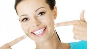 მოიშორეთ პირის ღრუდან უსიამოვნო სუნი, გაითეთრეთ კბილები და დაემშვიდობეთ კარიესს
