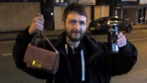 უსახლკარო მამაკაცი ორი დღე ეძებდა გოგონას,რომ დაკარგული ჩანთა და საფულე გადაეცა